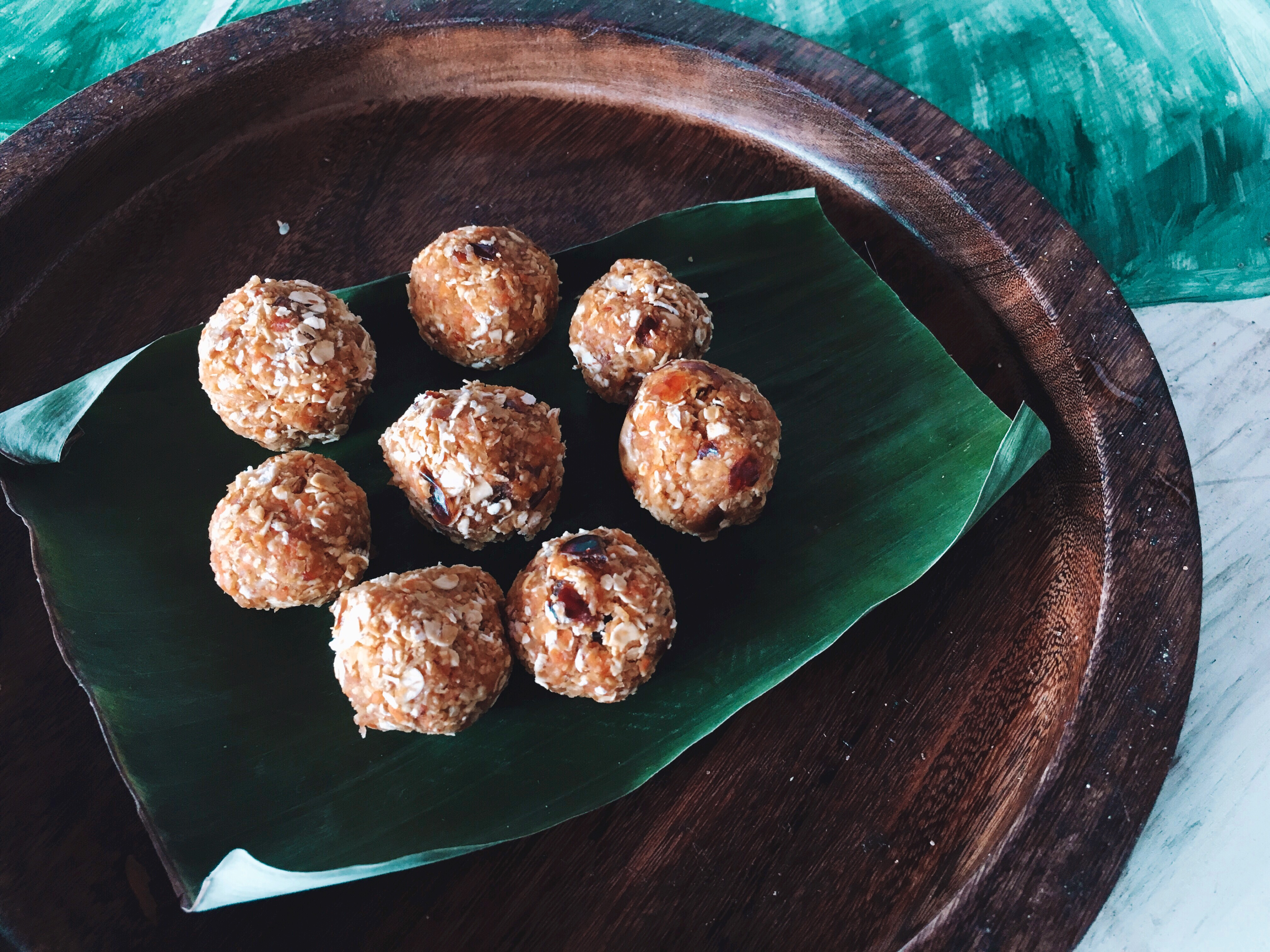 RECIPE || Carrot cake bliss balls